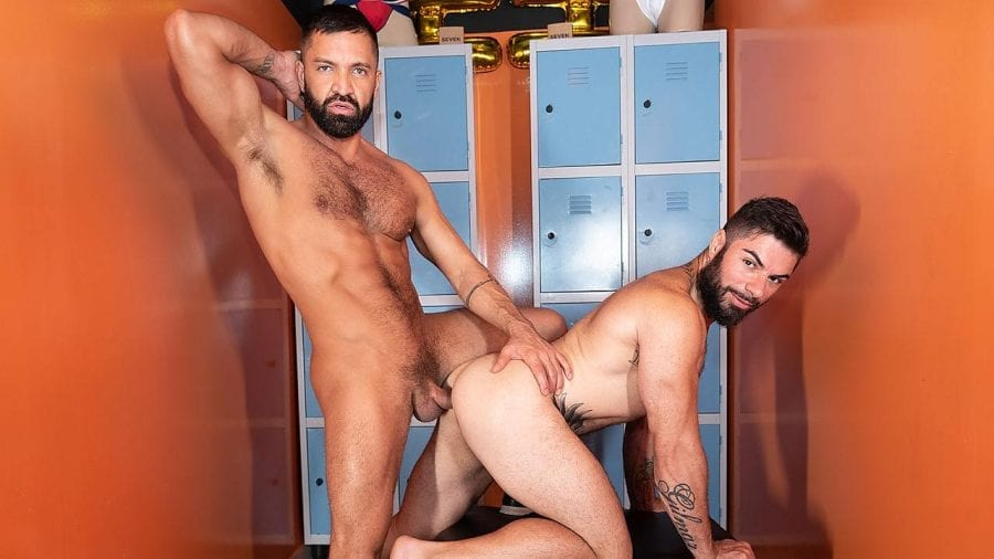 Bury My Bone in Fabio Floriano With Dominic Pacifico (Bareback)