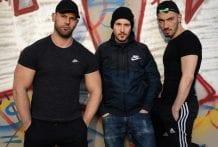 Maxence loaded by 2 guys: Dimitri Venum & Juan Florian (Bareback)