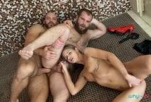 Strap Him in the Shower: Sarah Key, Tomm & Jerry (Bareback)