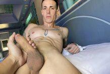 Latin Leche, Numero 171: Getting Erotic For Money, Boy and Monaco (Bareback)