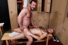 Damn Fine Ass!: Mike Gaite & Chandler Scott (Bareback)