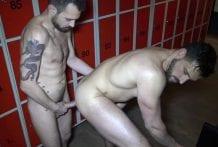 Enzo Rimenez Fucked By Koldo Goran In The Locker Room (Bareback)