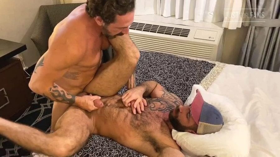 Jake Nicola, Vince Parker & August Alexx (Bareback)