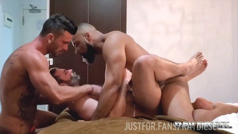 Ray Diesel (RayDieselXXX): Hot 3way with Andy Star and Dani Robles (Bareback)