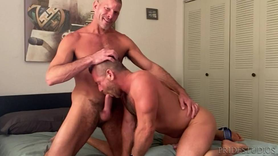 Flip-Flop Lovers: Clay Towers & Jacob Woods (Bareback)