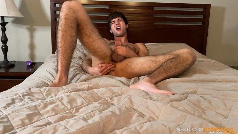 Next Door Homemade: Elliot Finn
