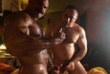 Gorilla Vs Bull Muscle Worship, Rogan Richards