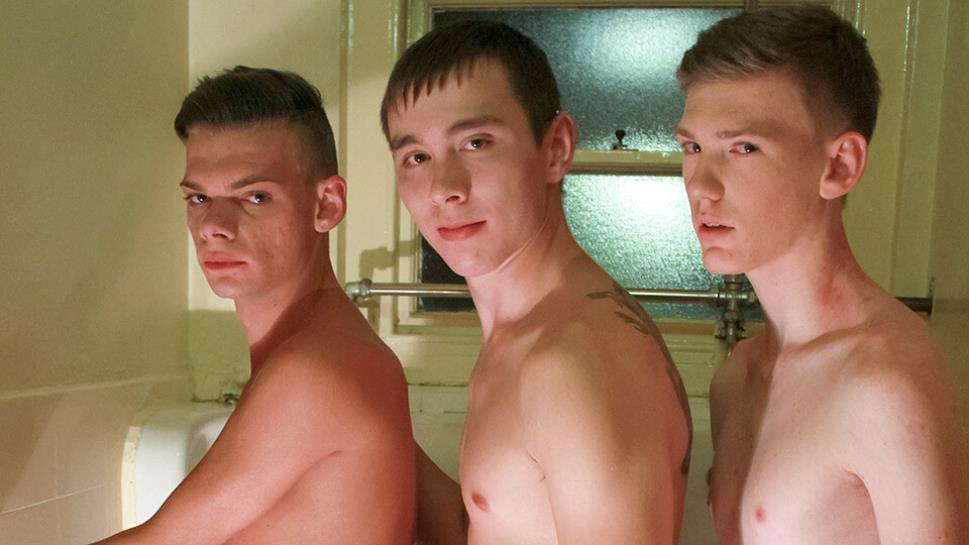Three Cocks In The Toilets: Liam Diamond, Jake Zhang & Kaiden Stevens (Bareback)