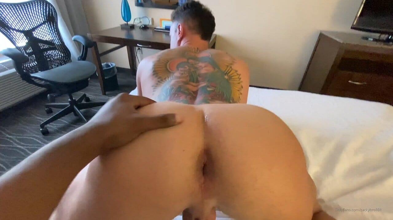 Zackybro101, #HappyHalloween Guys! Enjoy My New Part 1 Video With The Beautiful Bubble Butt @Volkovalexxxx (Bareback)